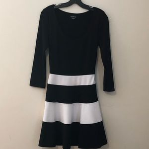 bebe Black/White Fit & Flare Dress